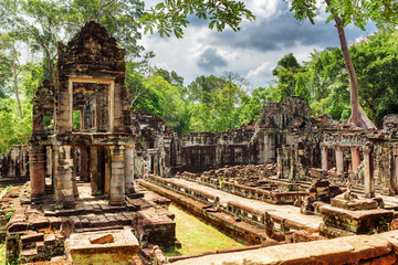 Wall Mural - Enigmatic ruins of ancient Preah Khan temple in Angkor, Cambodia