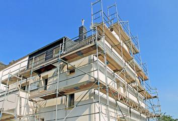 Renovierung, Hausisolierung, Gerüstbau