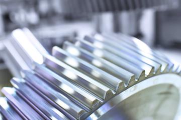 Zahnrad von einen Getriebe in der industriellen Produktion // Gear of a transmission in industrial production