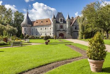 Saint-Germain-de-Livet Wasserschloss Normandie 11 Fototapete