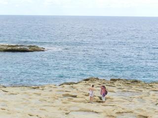 Телки на пляже групповуха — photo 15