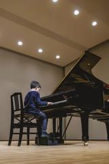 少年ピアニスト