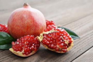 Fototapeta Red fresh pomegranate