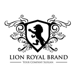 King royal,crest logo,lion logo,king logo,crown logo,vector logo template