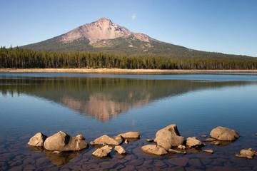 Mount Mcloughlin and Sky Lake Cascade Mountain Range Oregon Stat