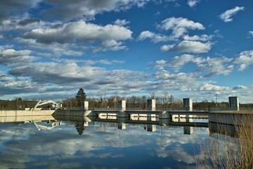 Wasserkraftwerk  - Stausee