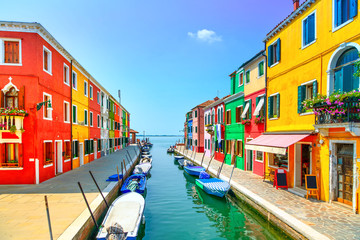 Venice landmark, Burano island canal, colorful houses and boats, Fototapete