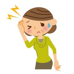 頭痛 中年女性