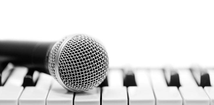 Classical microphone on keyboard