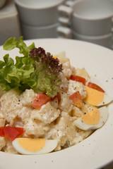Potato salad with  and egg