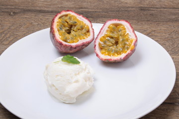Milk ice cream with Passion fruit topping