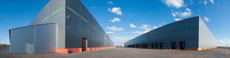 Photo sur Aluminium Bat. Industriel Panorama of big industrial warehouse buildings