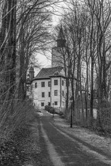 the way to the castle - black & white