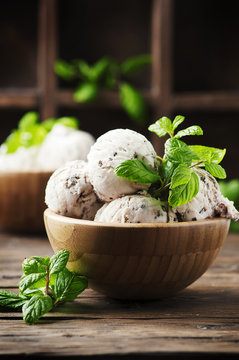 Sweet ice cream with mint and chocolate