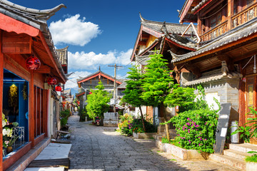 Wall Murals China Scenic view of narrow street in the Old Town of Lijiang, China