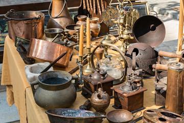 Details antique market