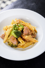 penne salsiccia e broccoli