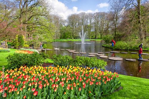 Fototapete Beautiful spring park Keukenhof. Lisse, Netherlands.