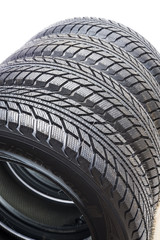 The tread pattern tires