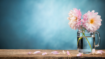 Fotobehang Dahlia Dahlia in vase
