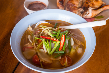 thai tom yum, hot and sour soup