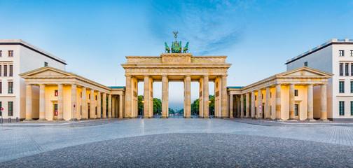 Poster Berlin Berlin Brandenburger Tor at sunrise, Germany