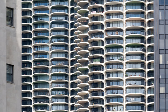 CHICAGO, IL - MAY 22: Marina City, and Modern Buildings on May 22, 2008 in Chicago,USA.