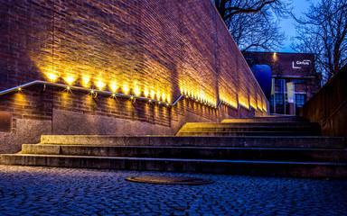 Beleuchtete Treppe in München