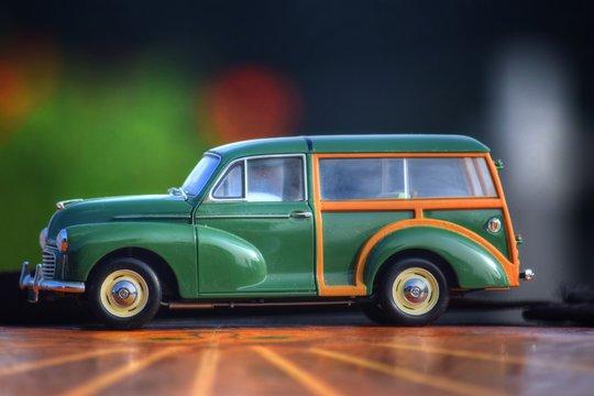 Morris Minor Woody Toy Car