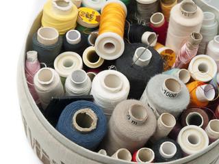 Papiers peints Rouge, noir, blanc Thread spools