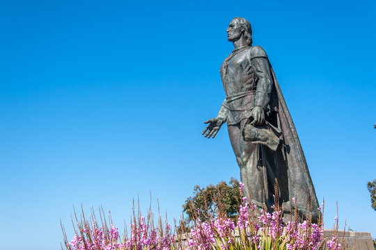 Columbus statue on the telegraph hill on San Francisco