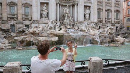 Aufkleber - Trevi Fountain, Rome, Italy. Famous Italian landmark and tourist attraction.