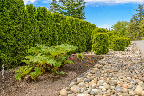 Outdoor stone landscape garden in north vancouver for Landscaping rocks vancouver