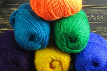 colored yarn for knitting
