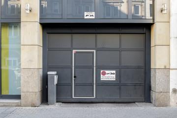 Garage Parken  Einfahrt