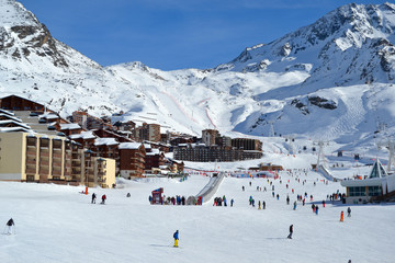 People skiing in a french ski resort in the Alps