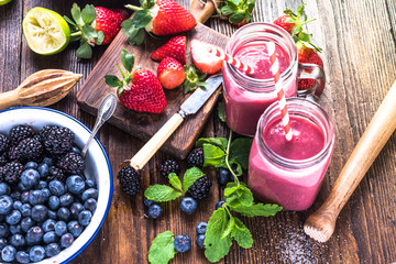 Preparation of antioxidant and refreshing smoothie