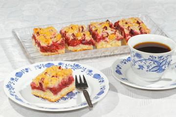 Plum cake, Plum tart