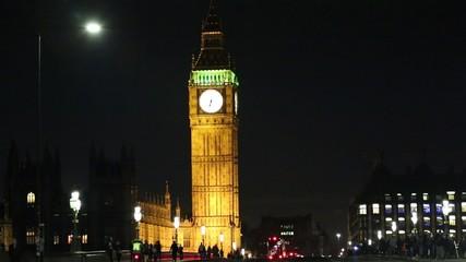 Fototapete - Big Ben seen from Westminster Bridge