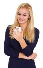 Attraktive junge Frau mit Smartphone / Handy
