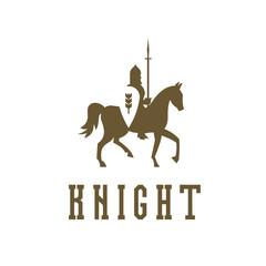 Knight on horseback with a chain mail armor, helmet, shield, spear ilustratsiya.