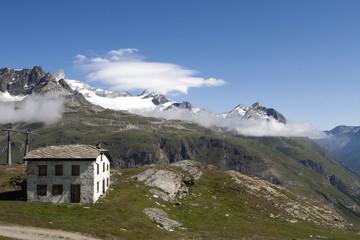 Schronisko górskie w Alpach