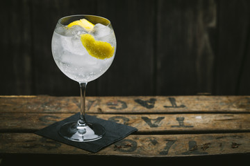 Refreshing gin and tonic with ice