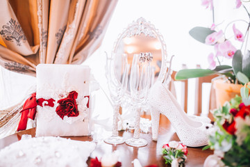 Beautiful Wedding accessories in red style