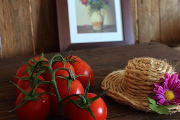 Pomodoro rosso a grappolo varietà Piccadilly