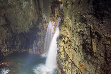 Grotte di Stiffe: meravigliose cascate