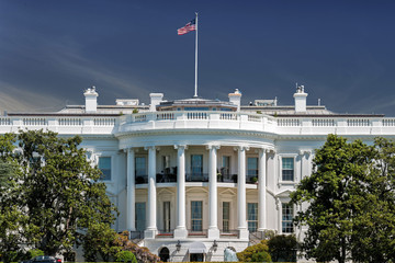 Wall Mural - Washington White House on sunny day