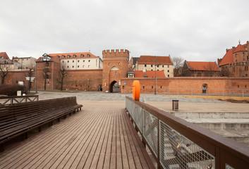 Taras widokowy na Bramę Mostową, Toruń, Poland