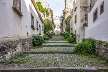 Włoska uliczka na Sycylii