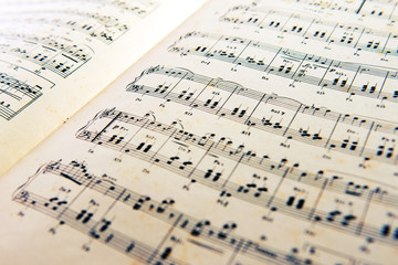 Old open music score